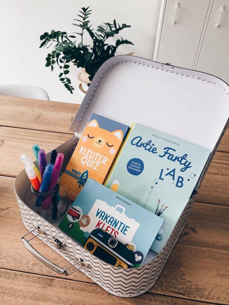 IMG 1544 768x1024 - Cadeaustress? Maak een gepersonaliseerde kit voor je kinderen en geef het ideale cadeau!