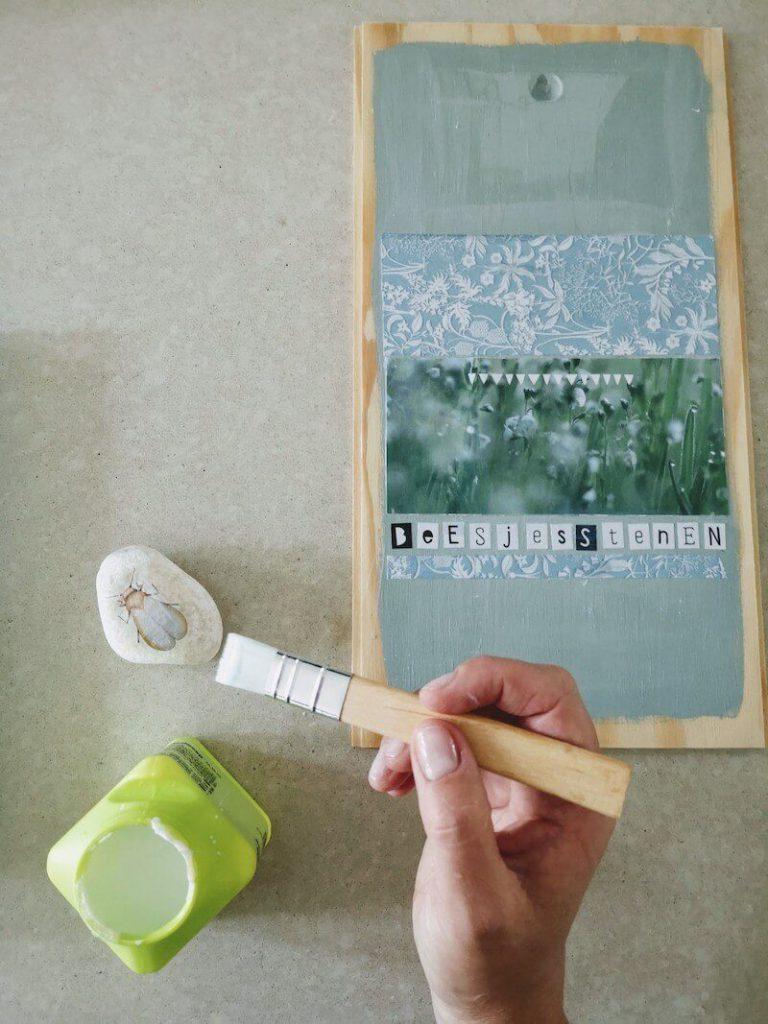 Kist vernissen 768x1024 - Vertelstenen zelf maken en hoe je ze kunt inzetten voor verschillende thema's