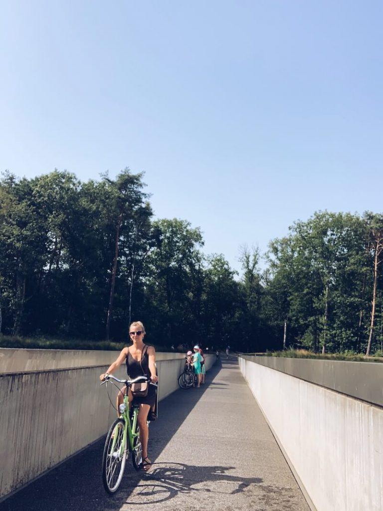 Fietsen door het water Limburg - unicorns & fairytales