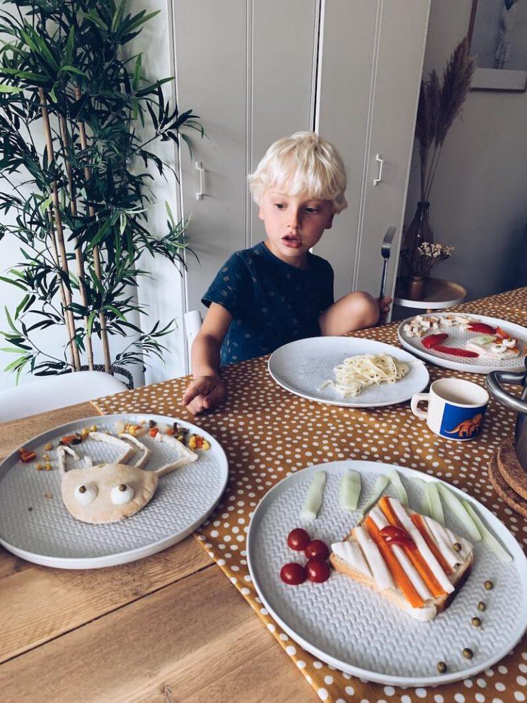 4328169C 190D 4DB1 BF3A E1E00A501932 768x1024 - Heerlijke creatieve receptjes met vis waar je kids van smullen