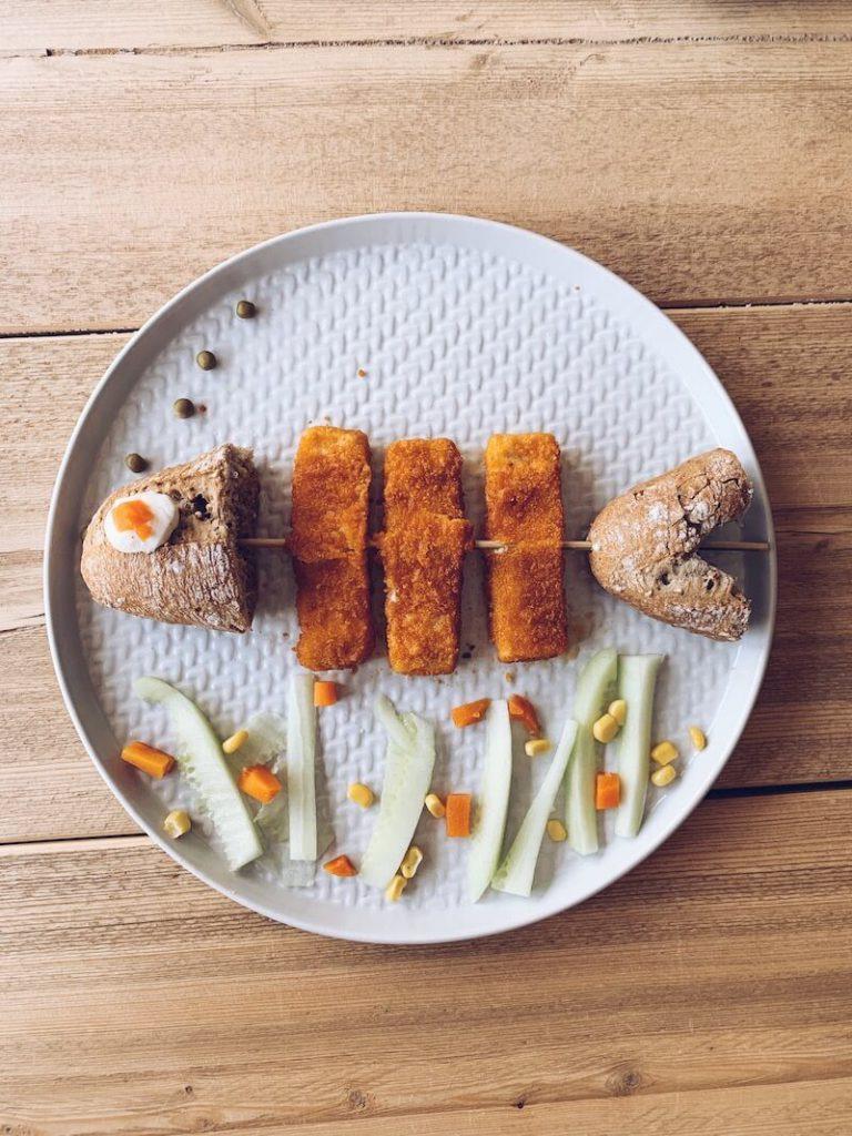 9D9863FF ADC4 49DD 9ABB 61C4FF591BDB 768x1024 - Heerlijke creatieve receptjes met vis waar je kids van smullen