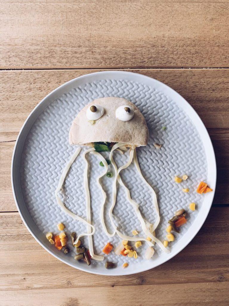 D6181891 366B 46C4 99FA 857AEE0BD01E 768x1024 - Heerlijke creatieve receptjes met vis waar je kids van smullen