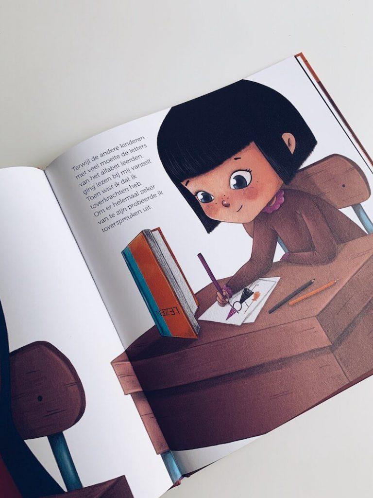565E7663 E317 4EAC ADB7 EDBD6B58831F 768x1024 - De leukste Halloween kinderboeken en prentenboeken