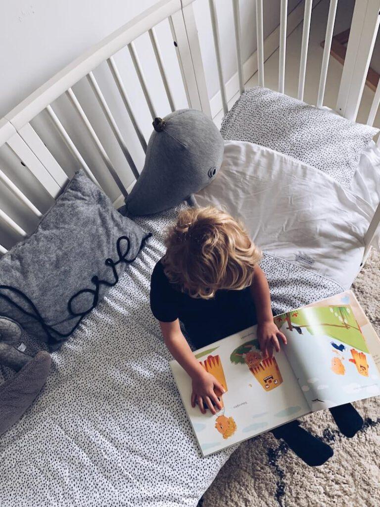 8C815040 85DA 4684 8A66 C3DA254B070D 768x1024 - Zomerlezen met kinderen, een nieuw initiatief om lezen tijdens de zomervakantie te stimuleren