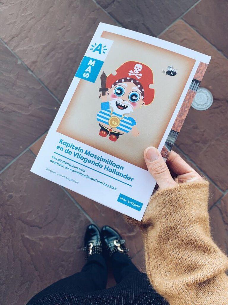 F4085574 C671 4F9D BB58 E973A85AE38E 768x1024 - Zoektochten voor kinderen in het MAS (Museum Aan de Stroom)