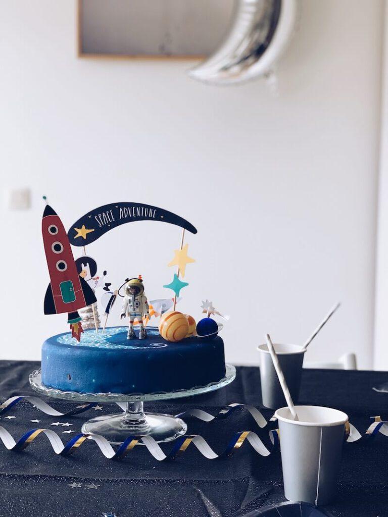 D00E34B7 A953 41FA B1BA 5CFE2F6A0687 768x1024 - Wij hadden een astronautenfeestje! Zo organiseer je een verjaardagsfeest met als thema ruimte!