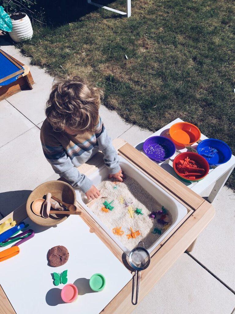 0AF800D4 A6A1 45EE 8A99 03CC04F8F294 768x1024 - Op een leuke manier educatief bezig zijn met je kinderen tijdens de zomer