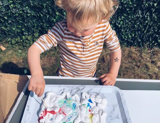 papier marmeren met scheerschuim - unicorns & fairytales