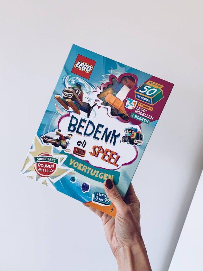 F41198CE 4744 4AF4 A21D 4F52CA1850D9 768x1024 - Bedenk, speel en leer met deze LEGO doeboeken & WIN