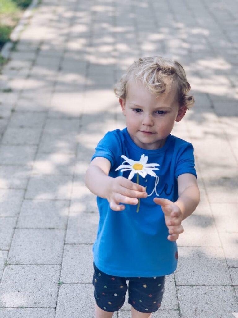E019045F 1301 49A1 9FA5 37229A9188E3 768x1024 - Kijk eens verder dan het gedrag van een kind, dan ontdek je iets moois...