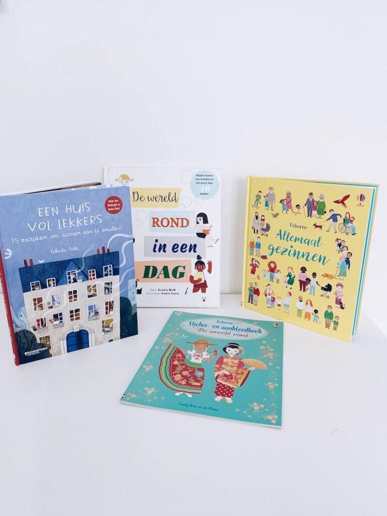 0FEFCF91 B72F 4F5C 90D7 8B86D0E57322 18442297 49AF 4BA5 A8A0 B3485A1F5729 2 768x1024 - Leuke multiculturele kinderboeken voor thuis én in de klas & WIN
