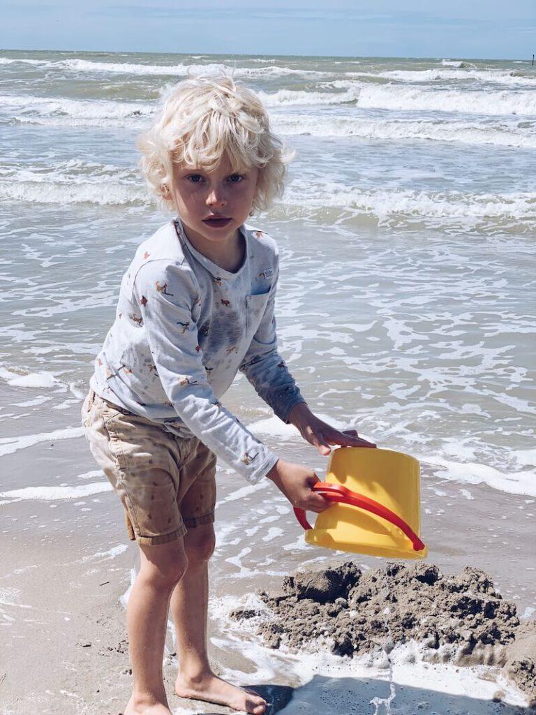 D8F34AF7 98A3 41D6 9F8B 104B90A771F8 39EFFEA9 C687 4BA5 9CE7 93A0AE0E5B09 768x1024 - Op een leuke manier educatief bezig zijn met je kinderen tijdens de zomer