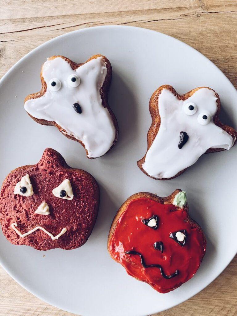 256EF1F2 0DAA 488D B334 8A67A780B40F A0C64531 165E 4F52 9DF4 3414D81DEFAF 768x1024 - Lekkere en makkelijke Halloween receptjes om samen met je kinderen te maken