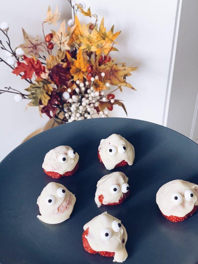 957767A1 8407 4508 A98D 9C49C98CEB4A 39D7A753 73ED 4F6A 9FA4 F02C86EBEAFD 768x1024 - Lekkere en makkelijke Halloween receptjes om samen met je kinderen te maken