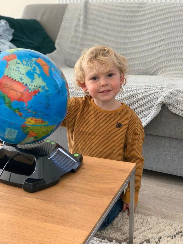 IMG 1121 768x1024 - Met deze interactieve wereldbol leren kinderen meer over de wereld