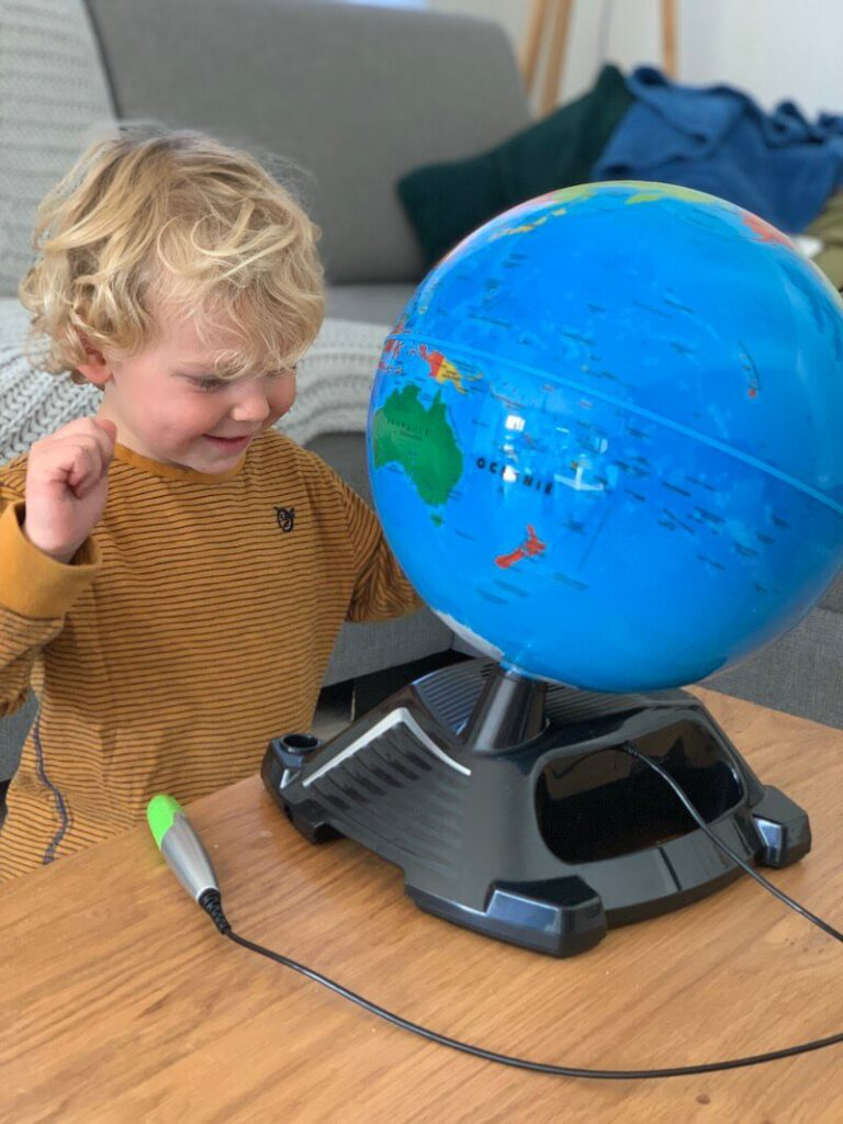 IMG 1119 768x1024 - Met deze interactieve wereldbol leren kinderen meer over de wereld