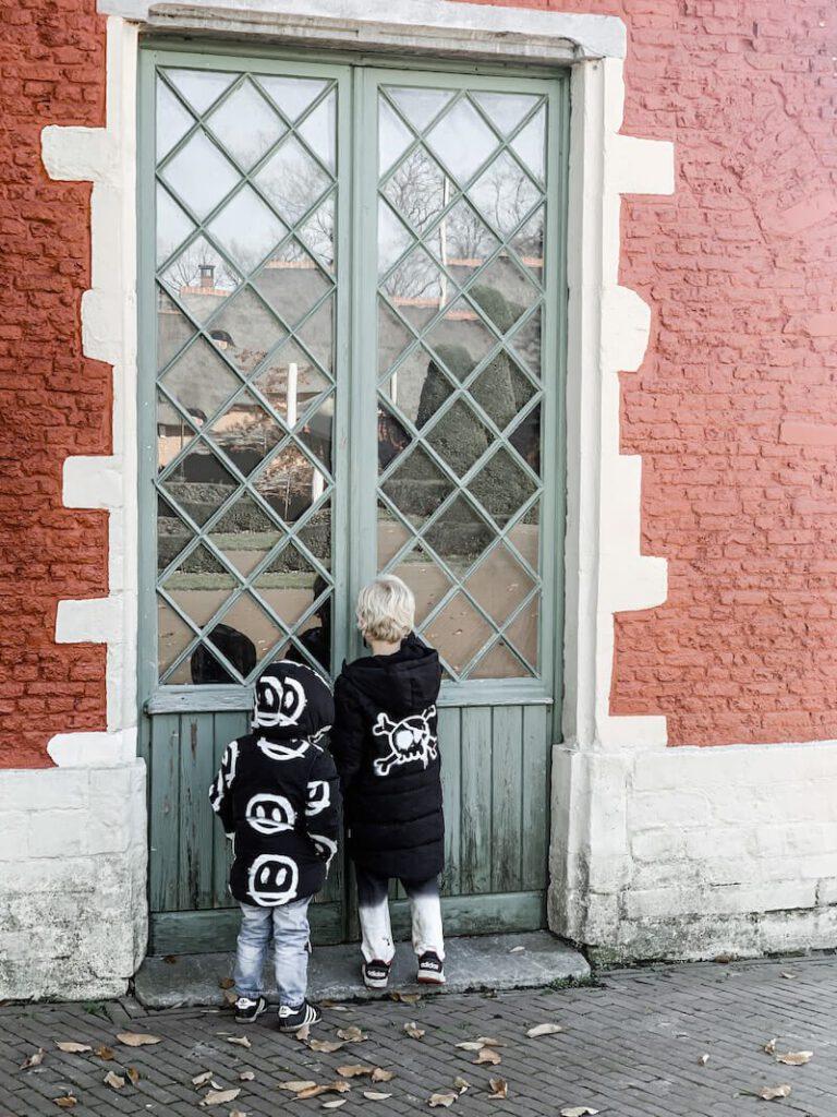 IMG 2123 768x1024 - Kindvriendelijke wandelingen in Antwerpen