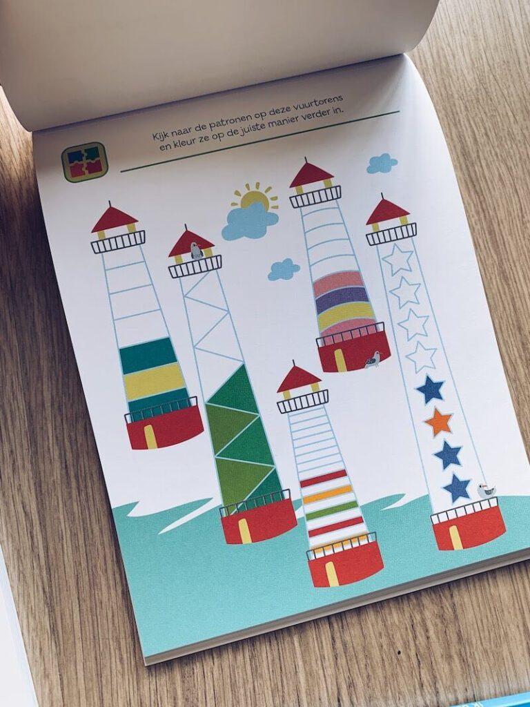 IMG 5674 768x1024 - Al spelend leren met deze stickerboeken en de 'ik denk' boeken