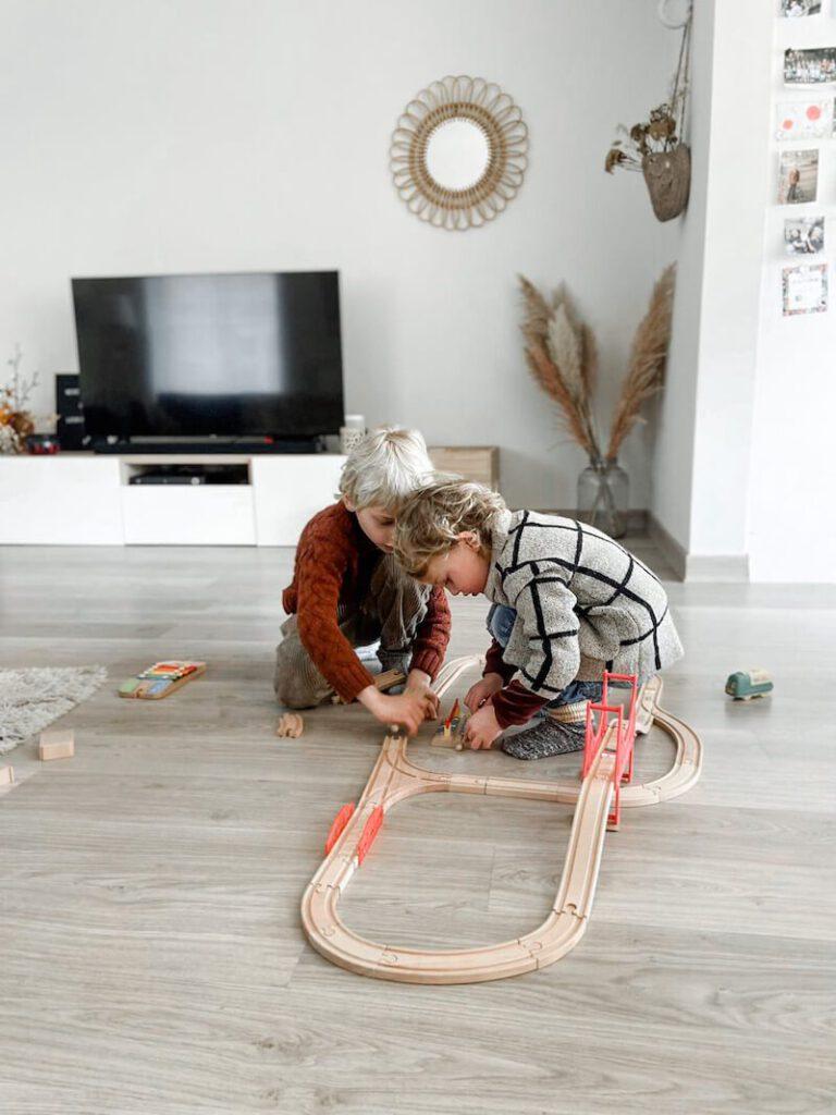 0ffc47f3 ed32 414d a656 c4b62d69b074 768x1024 - Coding Express van Robobloq combineert treinsporen met coderen voor kinderen vanaf 3 jaar & WIN