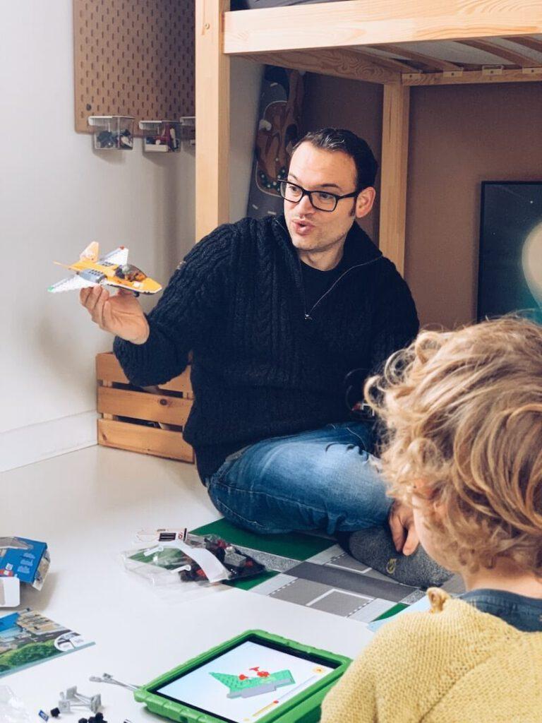 FullSizeRender 19 768x1024 - Waarom Lego heel educatief is en wij fan zijn!