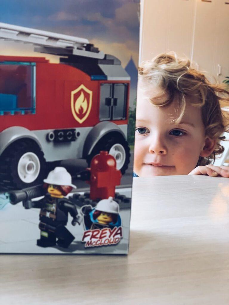 FullSizeRender 21 768x1024 - Waarom Lego heel educatief is en wij fan zijn!