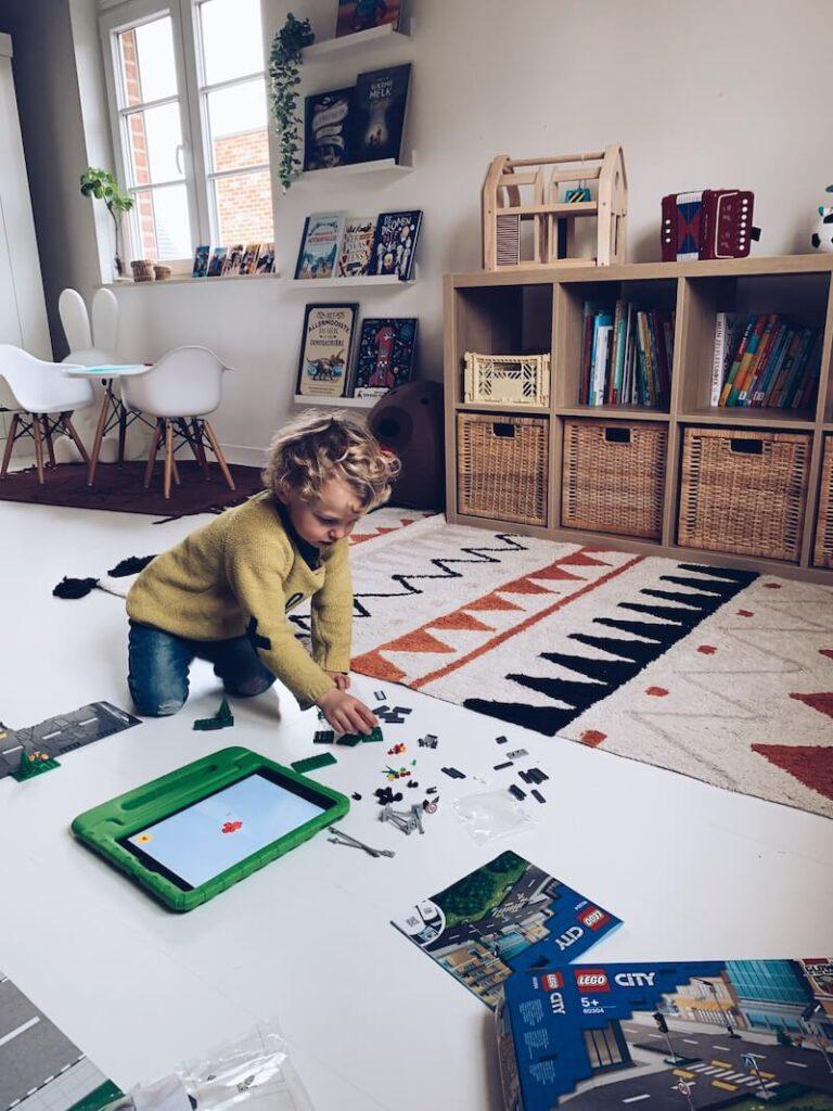IMG 6270 768x1024 - Waarom Lego heel educatief is en wij fan zijn!