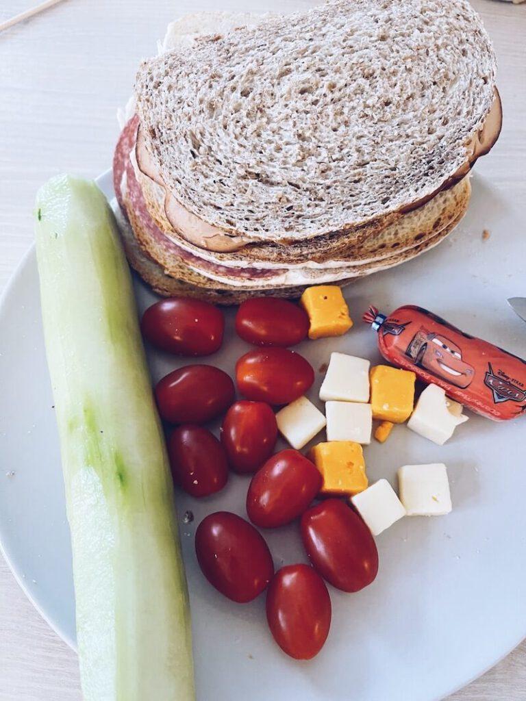 IMG 3318 768x1024 - Leuke brooddooshacks om voor je kinderen een lunch te voorzien